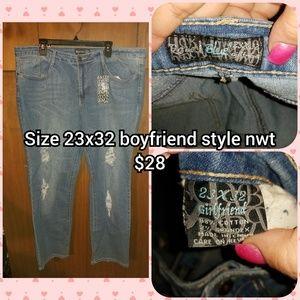 Size 23 boyfriend
